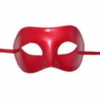 Kırmızı Plastik Maske